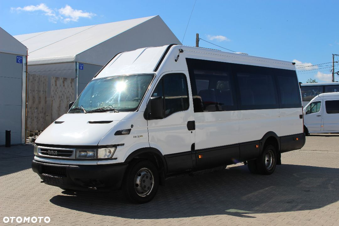 Bus Iveco Daily