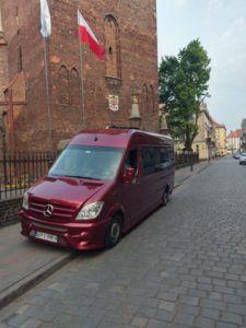 Mercedes Wynajem busów